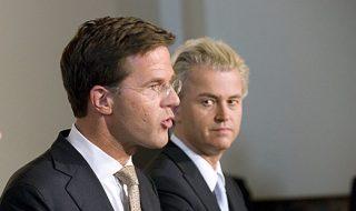 """Regeren, Revolte, en Wilders' """"Recht van de grootste"""""""